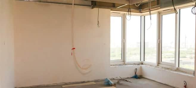 Штукатурка стен и стяжка пола в квартире 198 м²