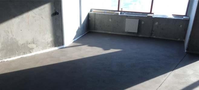 Стяжка пола в квартире 80 м²