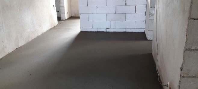 Стяжка пола в доме 110 м²